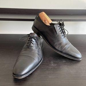 Kenneth Cole Black Dress Shoes (size 8.5)